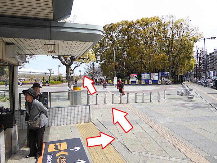 長居駅からヤンマースタジアム長居への歩き方手順01